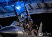 J-10S-night2.jpg