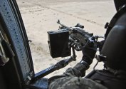 Flickr_-_The_U.S._Army_-_door_gunner_qualification.jpg